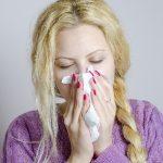 鼻炎で鼻水が出るときの対処法と薬以外に改善できることとは